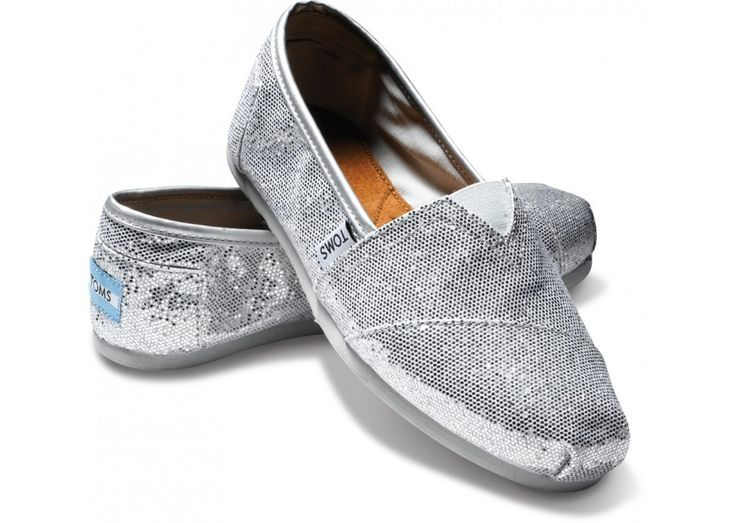 favorite shoe... ever.: Prom Shoes, Silver Glitter, Crochet Shoes, Wedding Shoes, Glitter Toms, Sparkly Toms, Glitter Shoes, Toms Shoes, Silver Toms