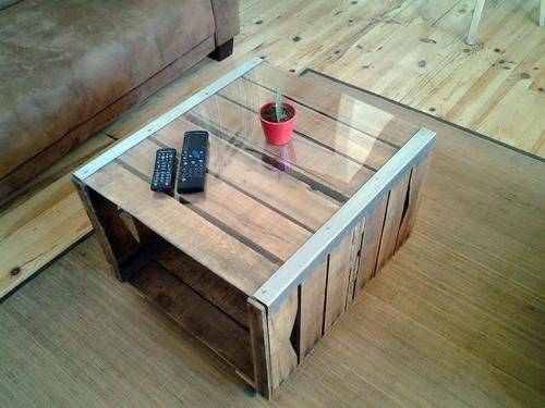 table basse avec caisse de pomme. Black Bedroom Furniture Sets. Home Design Ideas