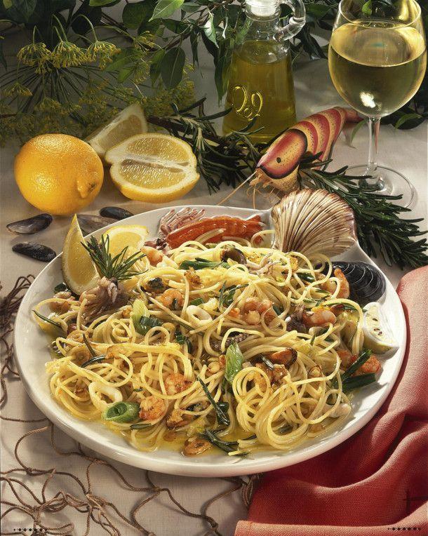 Unser beliebtes Rezept für Spaghetti Frutti di Mare und mehr als 55.000 weitere kostenlose Rezepte auf LECKER.de.