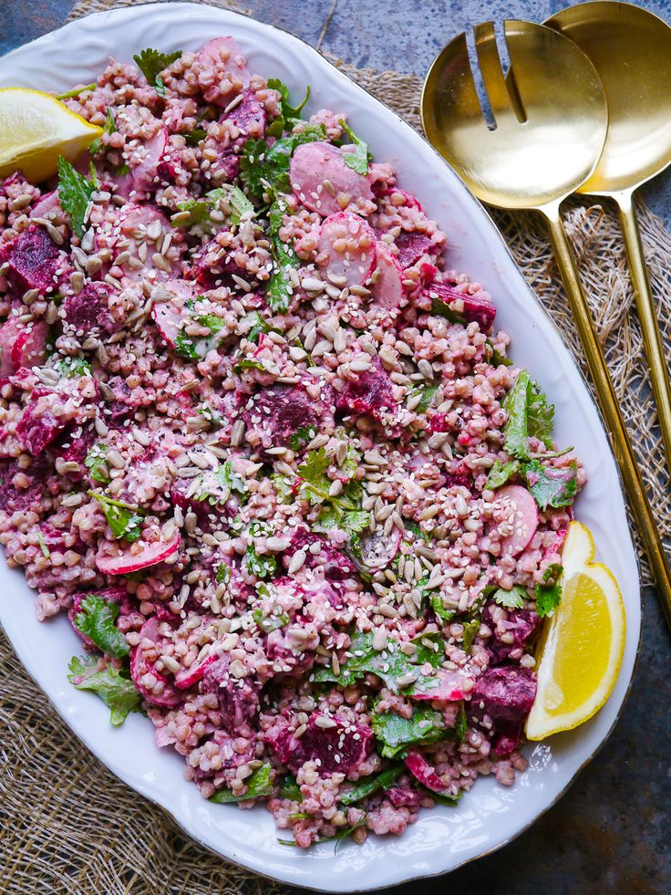 On the Blog: Tips for Eating Seasonally with Ceri Jones, Natural Chef. And a recipe for this gorgeous Pink Buckwheat Salad with Tahini Dressing! Via nourisheveryday.com