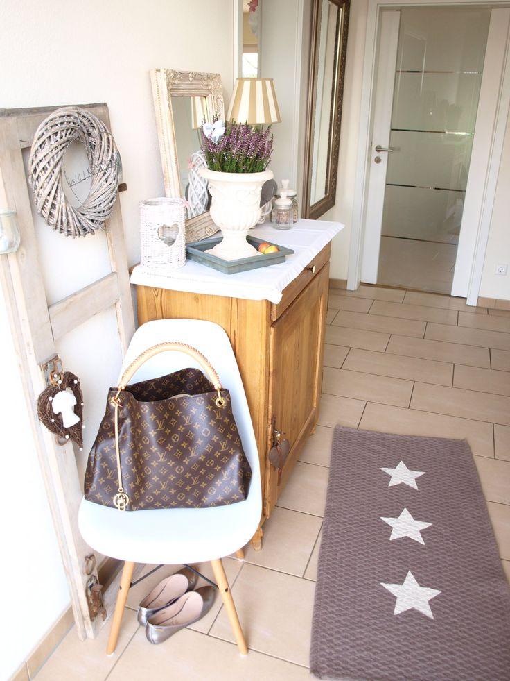 ber ideen zu langer flur auf pinterest flure. Black Bedroom Furniture Sets. Home Design Ideas