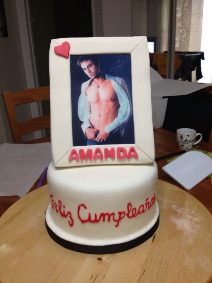 Enrique Iglesias frame.... Red velvet cake