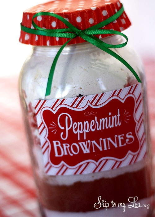 Peppermint brownies in a jar