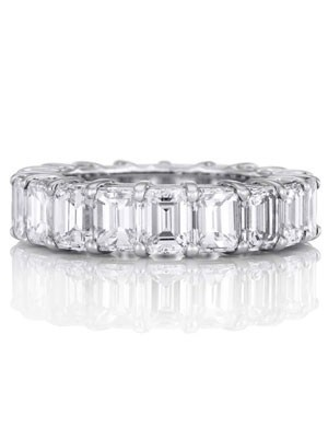 emerald cut eternity band trends setting engagement