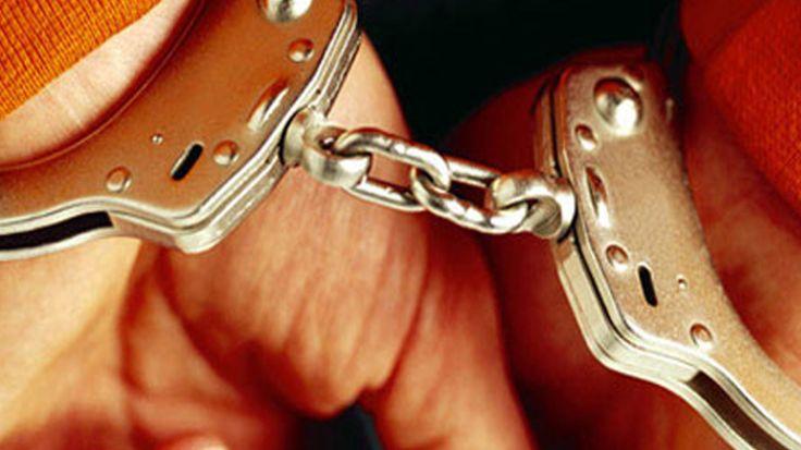 झारखंडः पुलिस ने पेट्रोल पंप मालिक से बरामद किए 25 लाख, नक्सली कनेक्शन का शक