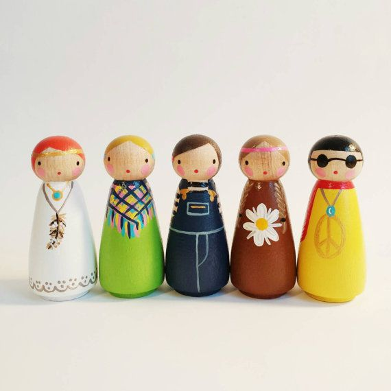 Flower children peggies // wooden peg dolls // set of 5 hippie pegs with felt sleeping bag- wooden toys