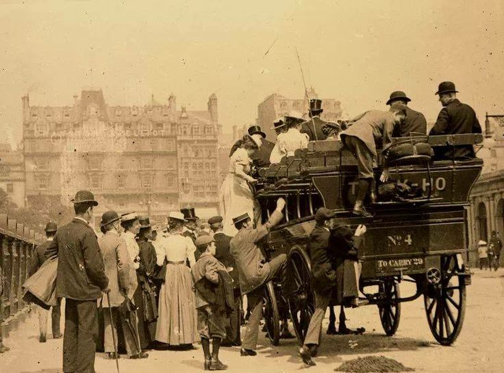 Mitford Church Choir Of Northumbria About To Board A Carriage At Waverley Bridge For An Outing Edinburgh