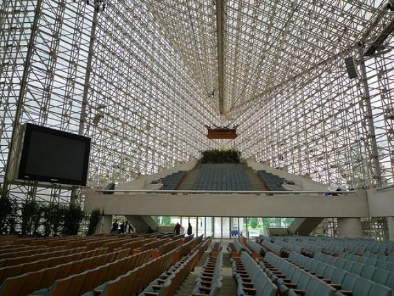 CRYSTAL CATHEDRAL  Megachurch comprised of 10,000 glass panes