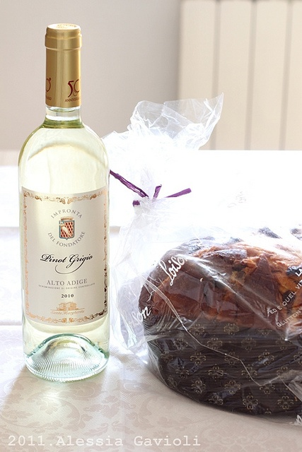 Pinot Grigio & Panettone Loison