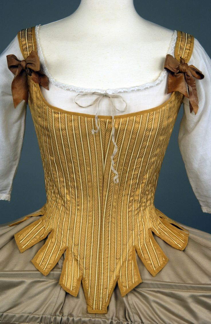 1700's corset and pannier