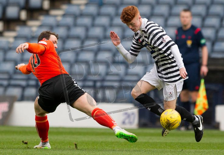 Queen's Park's Liam Brown on the ball during the SPFL League Two game between Queen's Park and Clyde