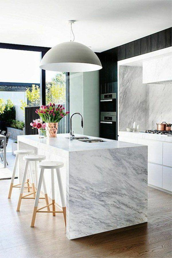 Meer dan 1000 idee n over moderne witte keukens op - Keuken wit marmer ...