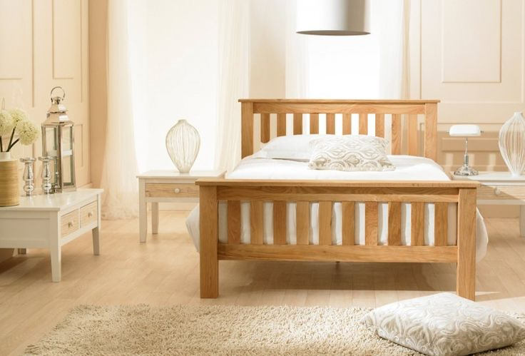 The Richmond solid oak bed frame features an attractive design and a slatted headboard and foot end.