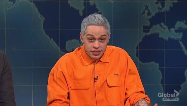 Saturday Night Live Spoofs Fox News Coverage Of Migrant Caravan Issue Ahead Of Midterms Pete Snl Weekend Update