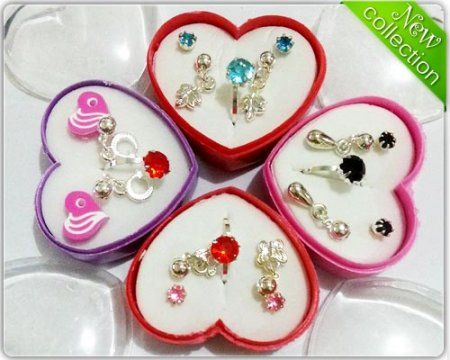 Anting @25.000 (3pcs)