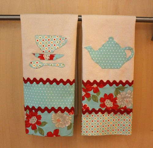 Another direction to take the country store towel project.   ///////   Linda combinação turquesa com vermelho!