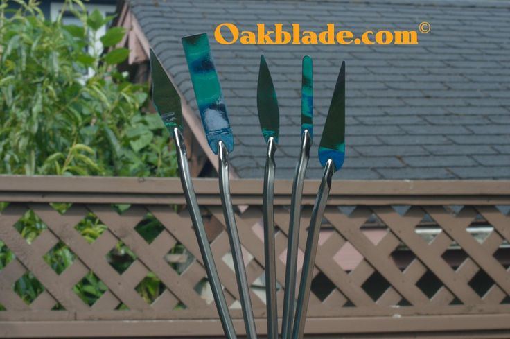 Palette knives for painting directly to the medium. OAKBLADE.COM #paletteknife #oakblade
