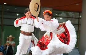 Resultado de imagen para trajes tipicos colombianos
