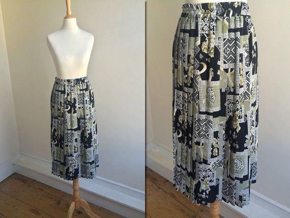1980s Geometric Pleated Midi Skirt * Size Medium – X-Large