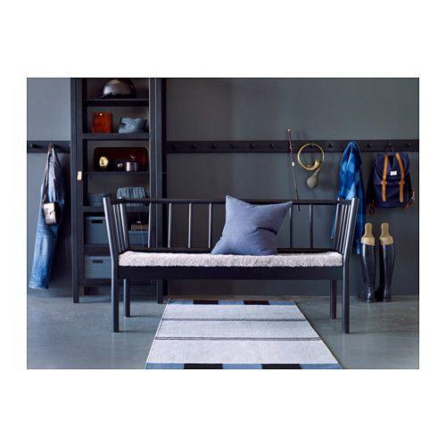 BJÖRKSNÄS Soffa med dyna IKEA Massivt trä är ett slitstarkt naturmaterial.