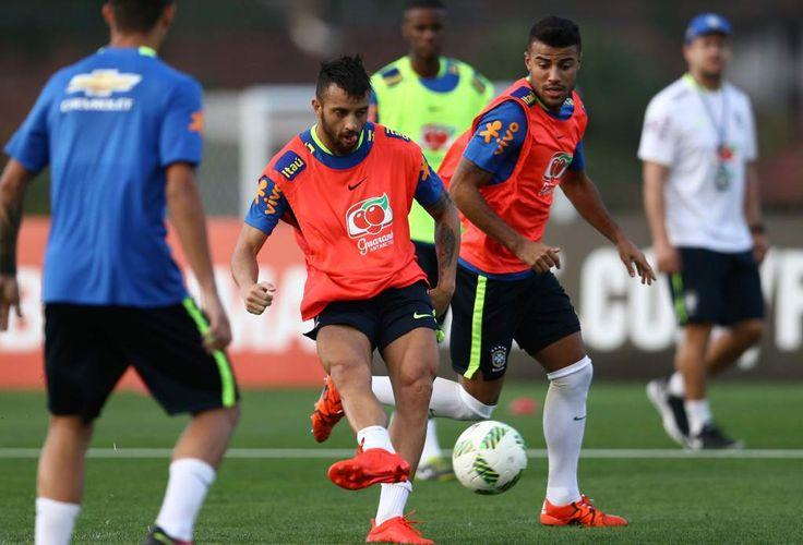 Brasil trabaja con intensidad y no se confía de Honduras  Los brasileños lucen concentrados previo al juego de semifinales. Jugadores suplentes estuvieron realizando los entrenamientos hoy.