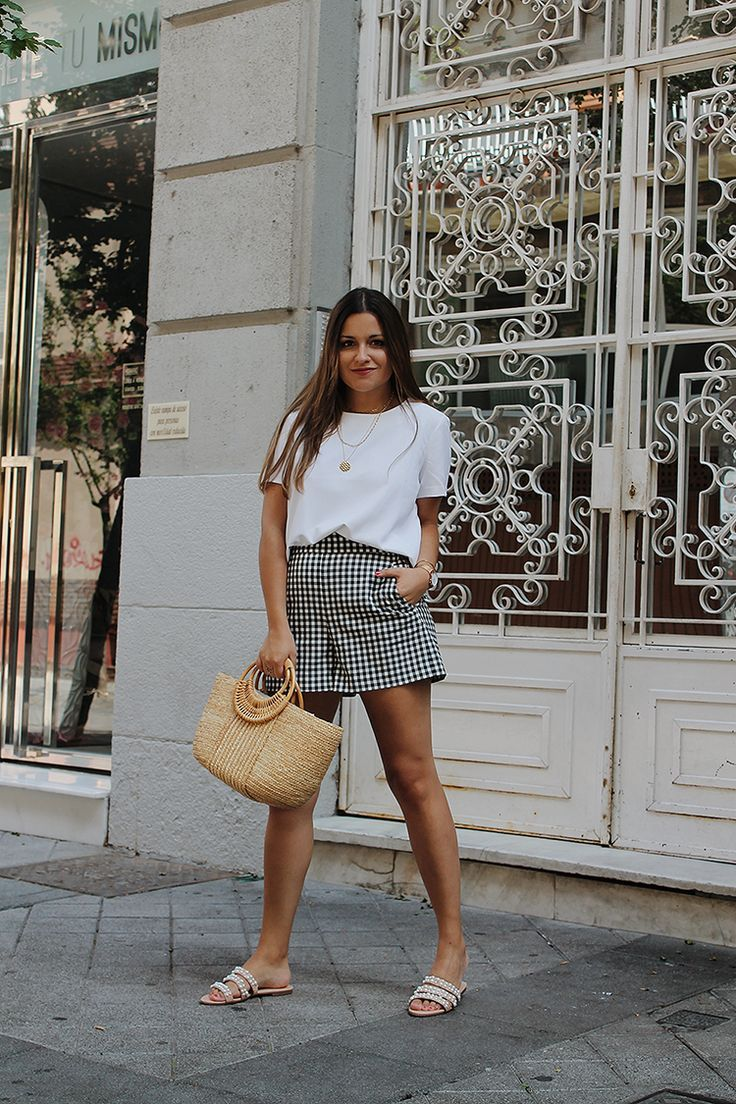 cae7049411 Summer #outfit with plaid shorts, white top, rafia bag and pearl sandals  #look #moda #style #fashion