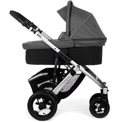 BRIO Smile m. barnevognskasse: mega fleksibel. Justerbart styr, låsbare drejehjul, klappes let sammen.Minus: Barnevognskassen er ret lille, men til gengæld skulle klapvognsdelen kunne lægges flat ned...