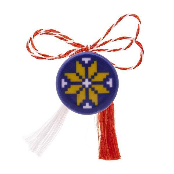 Broșă mărțișor cu floare galbenă și contur albastru