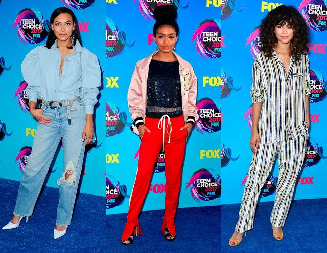 "Teen Choice Awards 2017 - Las tendencias favoritas de las celebridades 😱 Dale al botón ""Visit"" 👆 y entérate de todo en Fashion Taste! 😘"