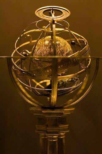 Brass astrolabe. British Museum, London.