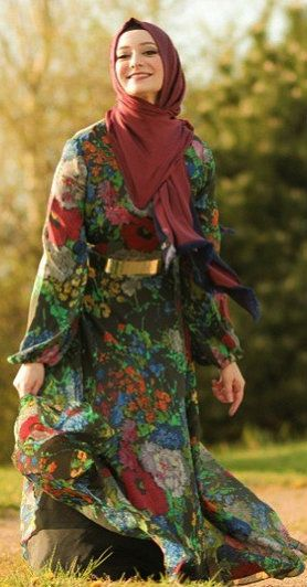 Happy Hijabi. This outfit kind of reminds me of Laurie from the Partridge Family tv show if she was a hijabi.