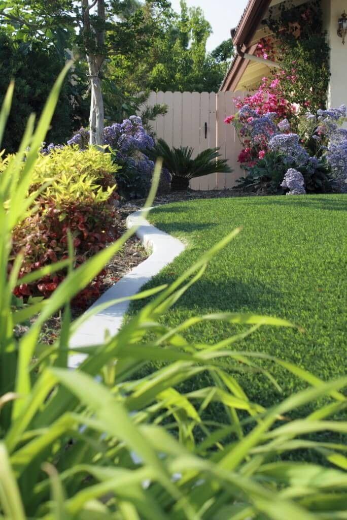 es gibt so viele verschiedene schnitte und texturen von kunstrasen zur verfgung ohne zweifel werden - Ideen Fr Kleine Hinterhfe Ohne Gras