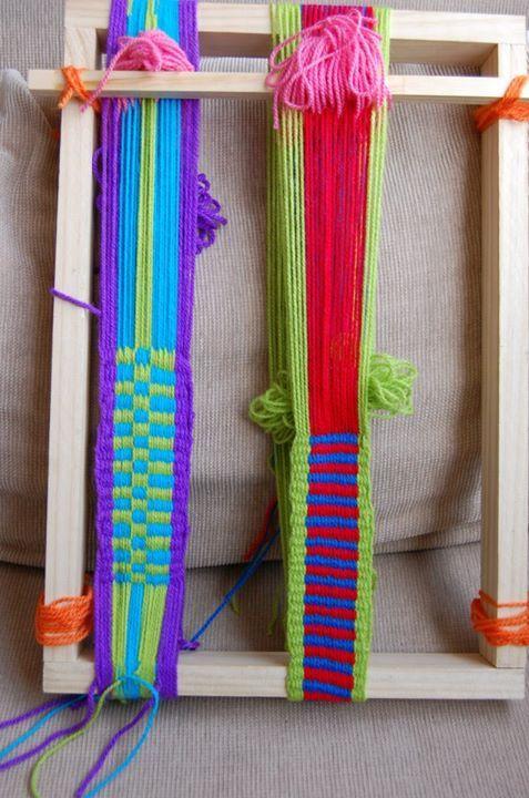 Tejido en telar Mapuche hecho por mis alumnas  llano + peinecillo  urdimbre en ocho y urdimbre circular