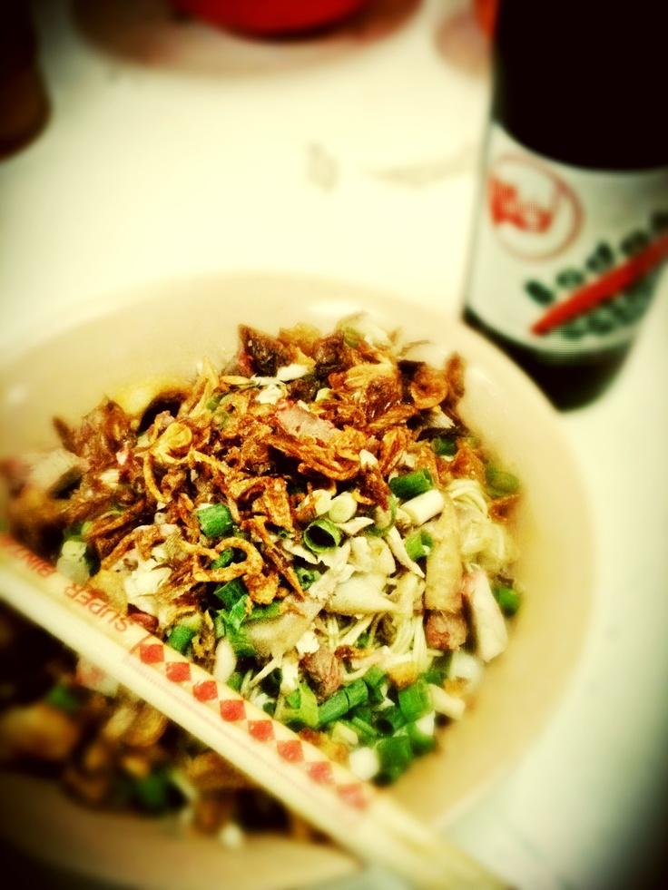 Mie pangsit siantar & sarsaparila drinks #indonesian #yummy #noodle