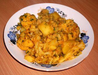 Aloo Gobi varianta 2 - Curry de Cartofi cu Conopida