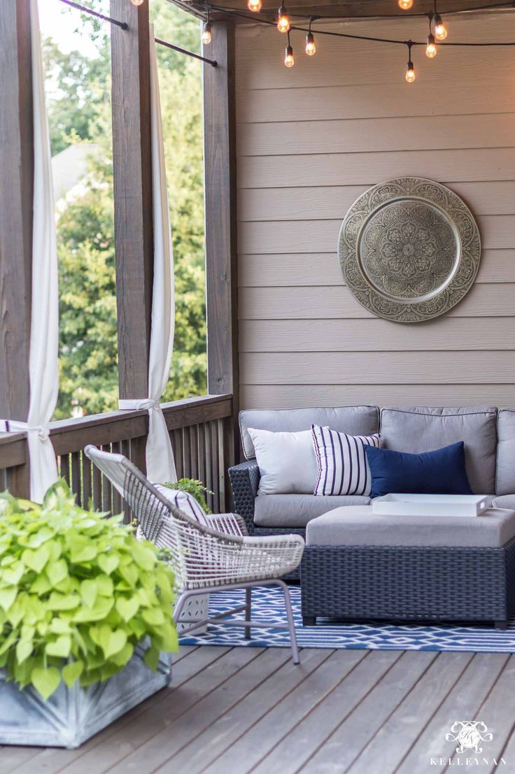 Four Low Maintenance Green Plants That Will Thrive In The Hot Georgia Sun In 2020 Elegant Outdoor Furniture Outdoor Decor Outdoor Living Design