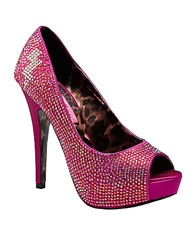 Betsy Johnson hot pink platform pumps. Greatness.