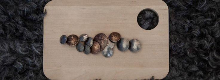 Knapper av gamle mynter