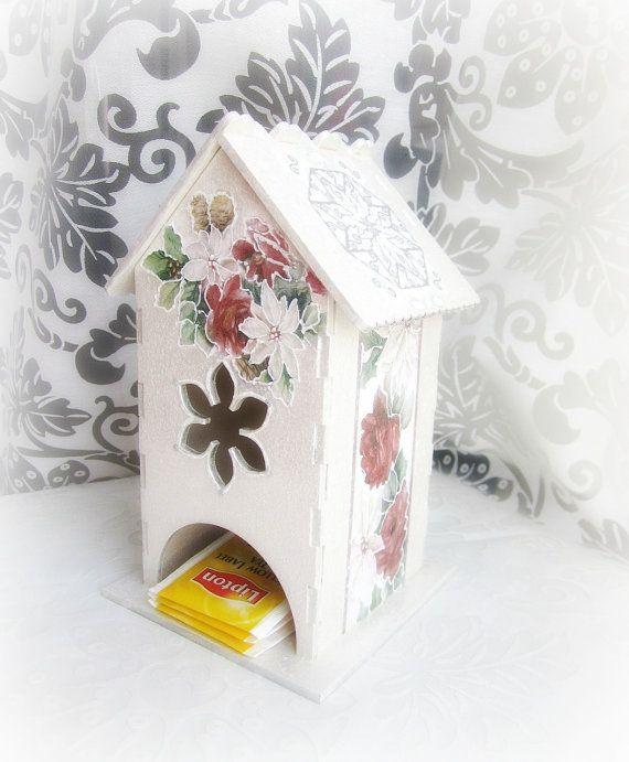 Wooden tea storage box tea bags dispenser poinsettia by GattyGatty