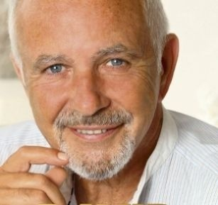 David Essex- he's still got it!! - can see a little Anthony Hopkins about him now????