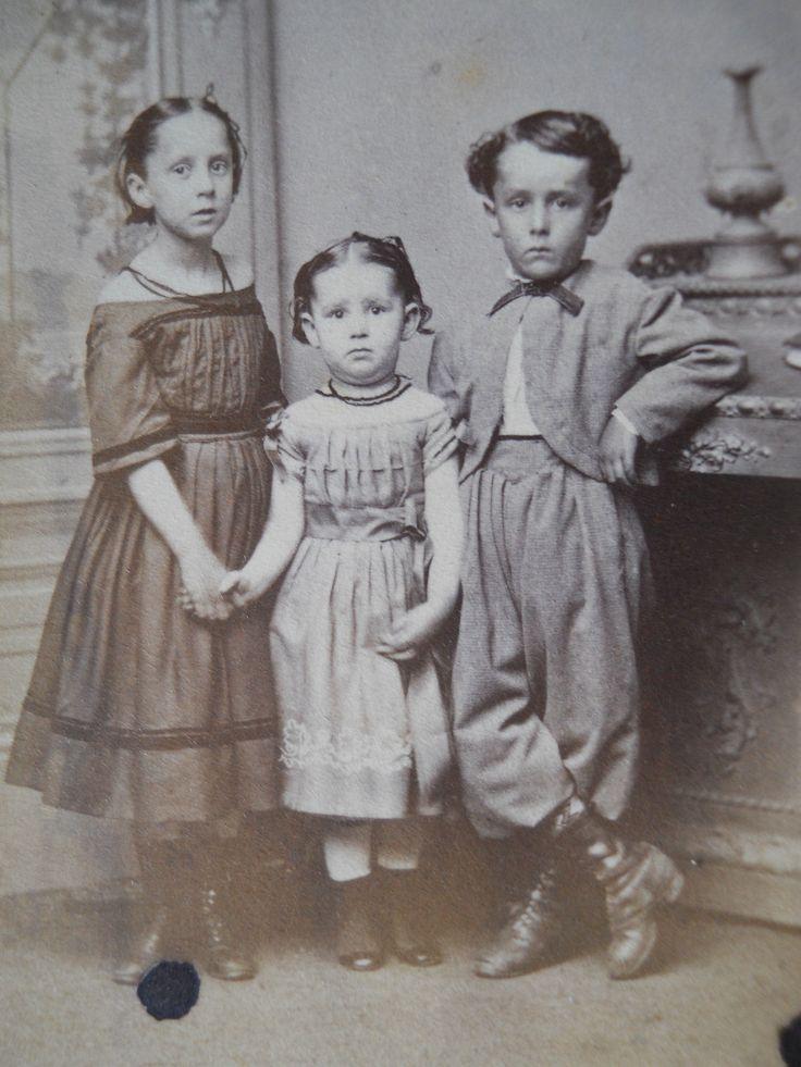 3 Darling Children .... Civil War era