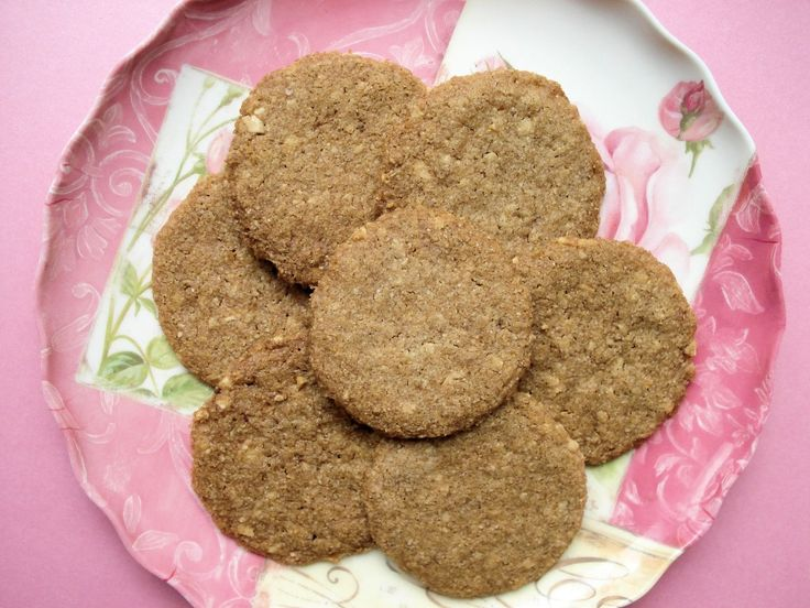 Cinnamon Almond Butter Cookies