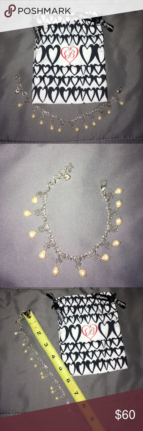 💕Retired Brighton Vivaldi Pearl Bracelet💕 NWOT and never worn! Gorgeous retired piece by Brighton! Would be an excellent addition to any word robe! 😊💎🍀 Jewelry Bracelets