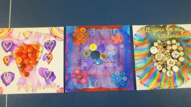 knopen,markers en ontsmettingsalcohol voor deze valentijn schilderijtjes