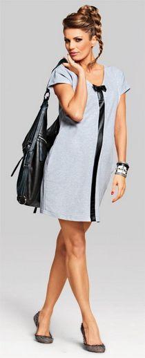 Rochia Happy pentru gravide este o combinatie fericita de stiluri, care se poate purta in functie de starea gravidei: casual, smart-casual sau chiar sportish.