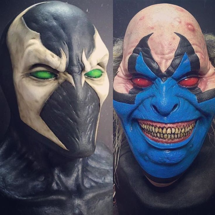 SPAWN & VIOLATOR from Todd McFarlane's Comic  Sculpted by talented Andrew Freeman @immortalmasks for Ghoulish Productions  #ghoulishproductions #halloween #halloweenmask #halloweencostume #spawn #toddmcfarlane #violatorclown #violator #clown #immortalmasks #latexmask #latex #madeinmexico #mask