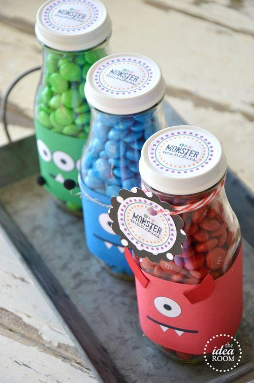 Starbucks bottle idea - Halloween M&M's