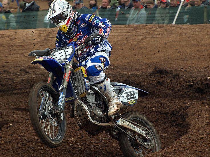File:Antonio Cairoli ITA FMI Yamaha FIM MX Mallory Park 2008 R6a.jpg