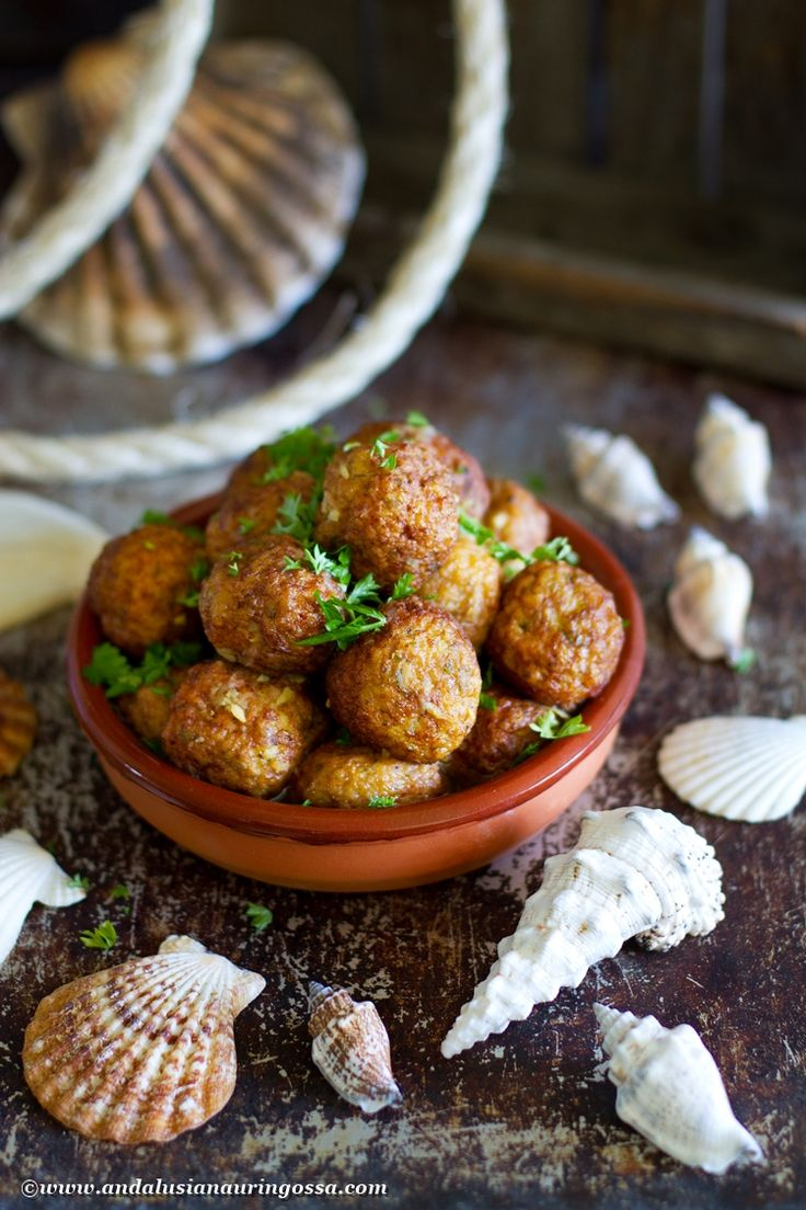 Don't let the name fool you: albondigas de choco are NOT meatballs made of chocolate :-) Instead they are cuttlefish balls, a Cadiz tapas classic. And I've got the recipe on the blog! #foodie #food #foodietravels #foodblog #foodphotography #Cadiz #tapas #seafood #Andalusia #Spanishfood