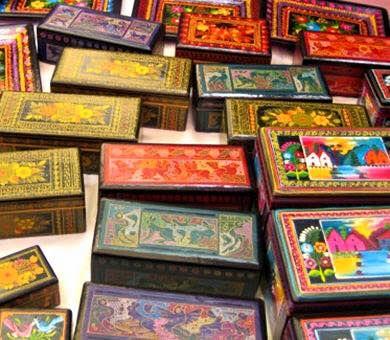 Cajas de Olinala, pintadas a mano